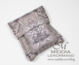 Middia Lenormand Pouch